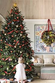 Creative christmas tree toppers ideas try Ornaments Catherine Olasky Christmas House House Beautiful 50 Christmas Tree Decoration Ideas Pictures Of Beautiful Christmas