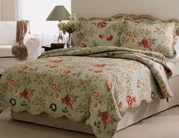 Quilts, Edens Garden Floral Quilt Bedspread and Pillow Shams & Floral Quilt Bedspread Set with Shams Adamdwight.com
