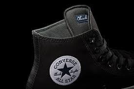 converse 2 black. converse menggunakan kanvas premium yang memiliki kualitas lebih baik pada chuck taylor ii. dikatakan karena baru bodi 2 black