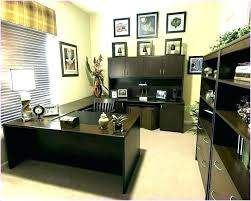 Inexpensive office decor Cheap Cheap Baburgessme Cheap Ways To Decorate Your Office At Work How To Decorate Your