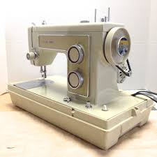 kenmore zigzag sewing machine. today, we\u0027ll fast forward 15 years and take a look at more modern kenmore 158.1316, zigzag stretch capable machine. sewing machine e