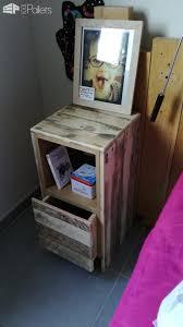 pallet furniture desk. table de nuit pallet bedside furniture desk