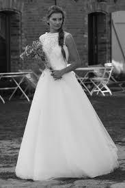 Modell Diana 807 Silk Lace Hochzeitskleider Brautkleid