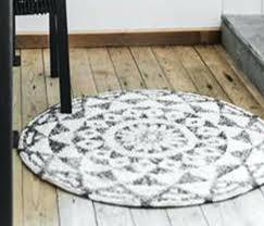 round bathroom rugs bathroom white gray round bathroom rugs for attractive bathroom round bathroom rugs bathroom round bathroom rugs
