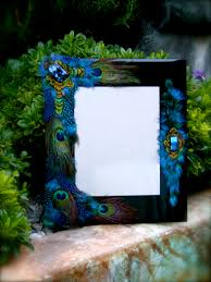 Peacock Inspired Home Decor Jaz Up A Picture Frame Love The Peacock Theme Maybe This Could