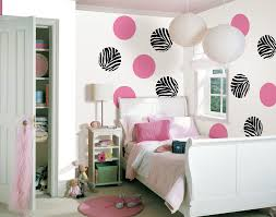Bedroom:Paint Ideas For Girls Bedroom White Wall Colors Polka Dot Pattern  Natural Brown Wicker