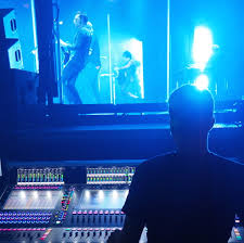 spencer jones tackled queens of the stone age s monitors nightly on a digico sd7