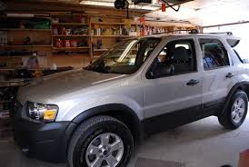 Ford Escape Questions - Sunroof on an '05 Escape.....open/close ...