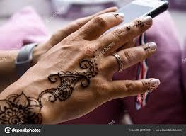 понятие красоты моды хна татуировки руках женщин менди традиционные