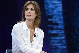 """Pd, la dem Moretti: """"Minacciata di essere sfregiata"""""""