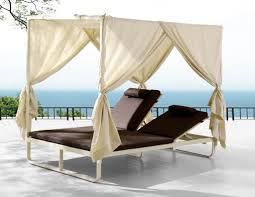 outdoor chaise lounge chairs with canopy designs