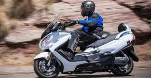 2018 suzuki burgman 650. exellent burgman 2013 suzuki burgman 650 abs  first ride  rider magazine inside 2018 suzuki burgman