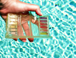 Hth 6 Way Test Strips Color Chart How To Use A Pool Test Kit To Check Water Quality