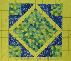 Art Square Quilt Block: Tutorial in 4 sizes & Arrange the patches into the Art Square design Adamdwight.com