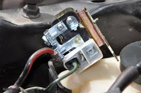 ss horn restoration and repair help for your wire had a black wire attached to it but like i said when connected constant horn i connected everything as it was when i took off the old relay