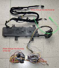 vwvortex com broken sleeve on electrical harness leading to wiring harness if you replace the entire harness then you have to run wires all the way up to the front of the car photo of complete wiring harness