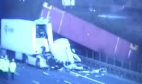 <b>M1</b> traffic <b>latest</b>: Motorway shut all day after two lorries involved in ...