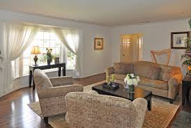 For Bay Windows In A Living Room Bay Window Treatments For Privacy Decorating With White Living