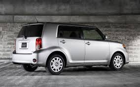 2011 Scion xB Reviews and Rating | Motor Trend