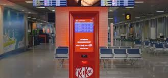 How To Get Free Chocolate From A Vending Machine Beauteous Delayed Flight Break Machine Gives You Free Kit Kat Chocolates