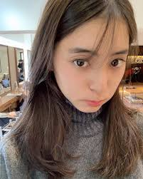 井川遥渡辺美奈代ら美人ママの卒業式コーデに注目集まる Line News