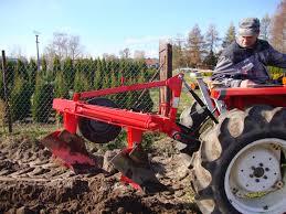 PŁUG zagonowy dla Kuboty l22 - Mały Traktor