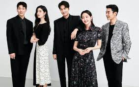 Interview: The cast of The King: Eternal Monarch - L'Officiel TH