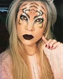 half face tiger makeup