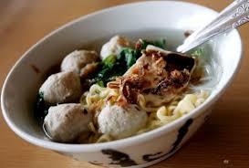 Masukkan bawang putih goreng, garam, merica bubuk, gula pasir, dan penyedap rasa. Bumbu Kuah Bakso Sapi Ayam Ikan Bening Serta Cara Membuatnya