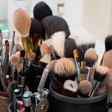 how to wash and makeup brushes at home