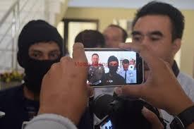 Hasil gambar untuk gambar polisi di desa bendar