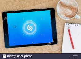 Shazam Stock Chart Shazam App Stock Photos Shazam App Stock Images Alamy