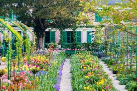 gardens small group tour from paris 2021