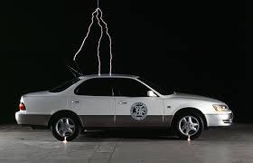 落雷車に影響はあるのか雷落雷にご注意を交通安全ニュース