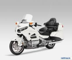 Honda Gold Wing GL1800 launched in India: Priced at Rs 28.5 lakh ...