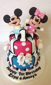Browns Cakes Baby Mickey Minnie Mouse