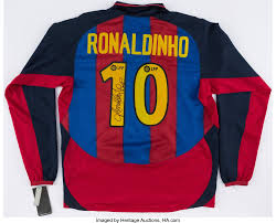 Ronaldinho Signed FC Barcelona Jersey.... Autographs Jerseys | Lot #43262