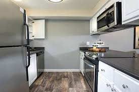 luxury features at slate ridge at fisher s landing apartment homes in vancouver