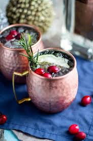 gin moscow mule with cranberry juice
