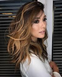 Em especial @nubiamm1 #morenailuminada #morenailuminada #morena #cabelosmarrom #cabelosaudavel. Mechas Loiras Em Cabelo Castanho Claro Novocom Top