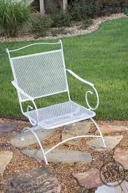 how to re finish rusted patio furniture