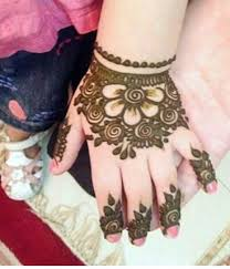 Small Picture 40 Easy Mehndi Designs For Kids Adoring The Hands Of Princesses