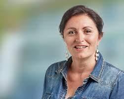 Glenda Gonzalez Bassi candidate au Conseil municipal de Bienne - RJB votre  radio régionale