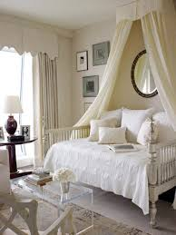 A guide to choosing canopy beds – BlogBeen