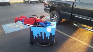 25 awesome costumes from halloween 14 twistedsifter