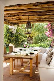 In the Mediterranean regions patios, porches, roof terraces and other  outdoor areas are the favorite area of the house for breakfast or dinners,  family