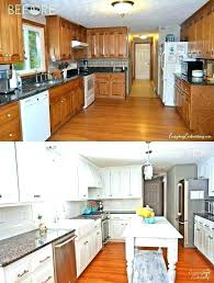 cleaning wood kitchen cabinets best cleaner for clean vinegar polish greasy uk