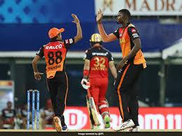 Ipl 2021 सीजन का छठा मैच आज रॉयल चैलेंजर्स बेंगलुरु (rcb) और सनराइजर्स हैदराबाद (srh) के बीच खेला जाएगा। Rqzkyb1tyioyvm