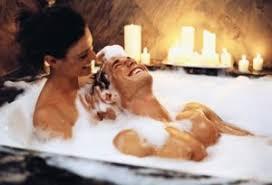 Bagno Rilassante Fatto In Casa : Come preparare un romantico bagno di coppia in semplici passi