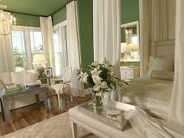 green bedrooms. green bedrooms e
